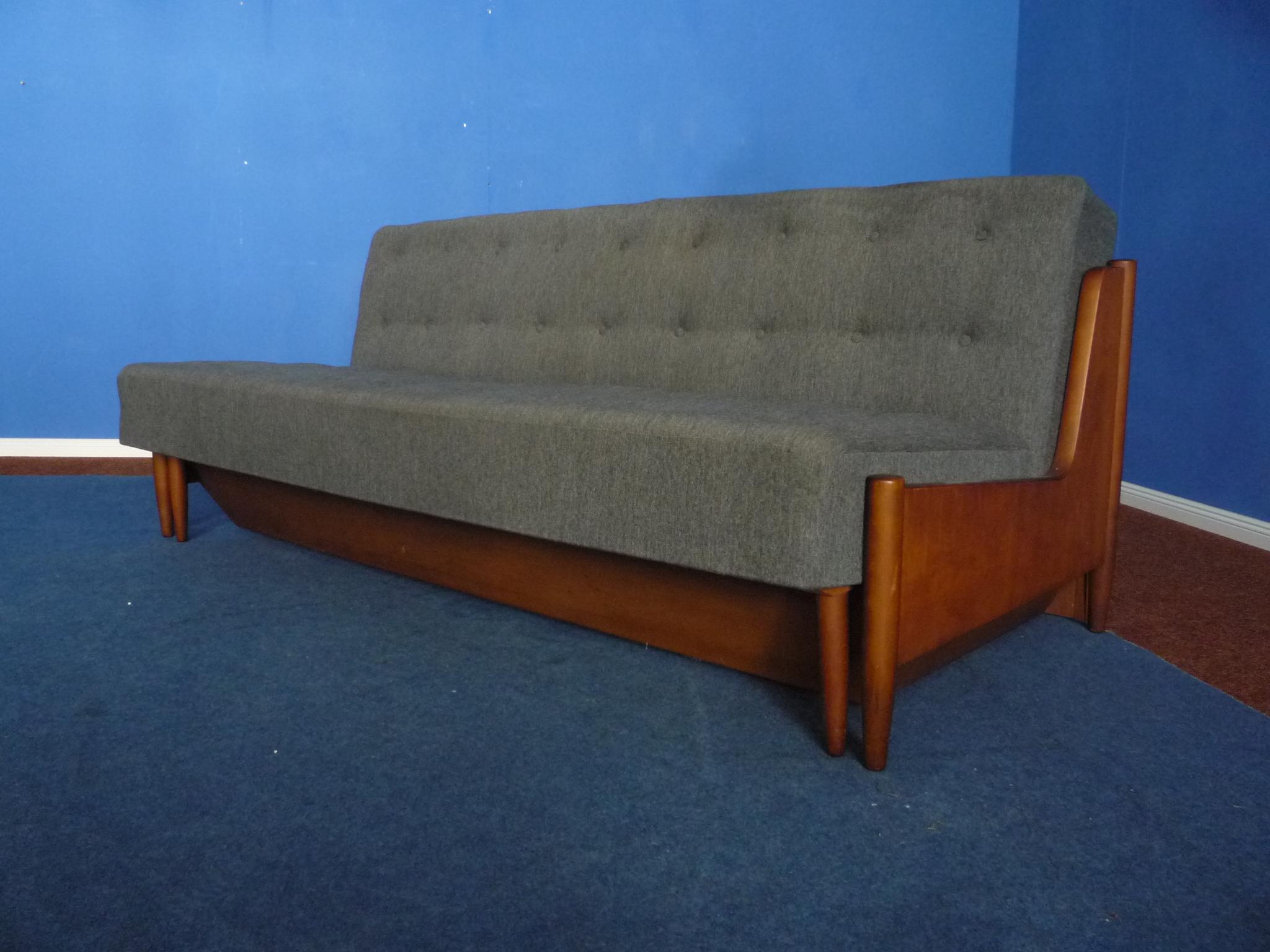 - Mid-Century Daybed Sofa 1950s – Clickwerk Aronge